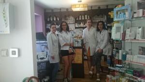 Las chicas de la farmacia